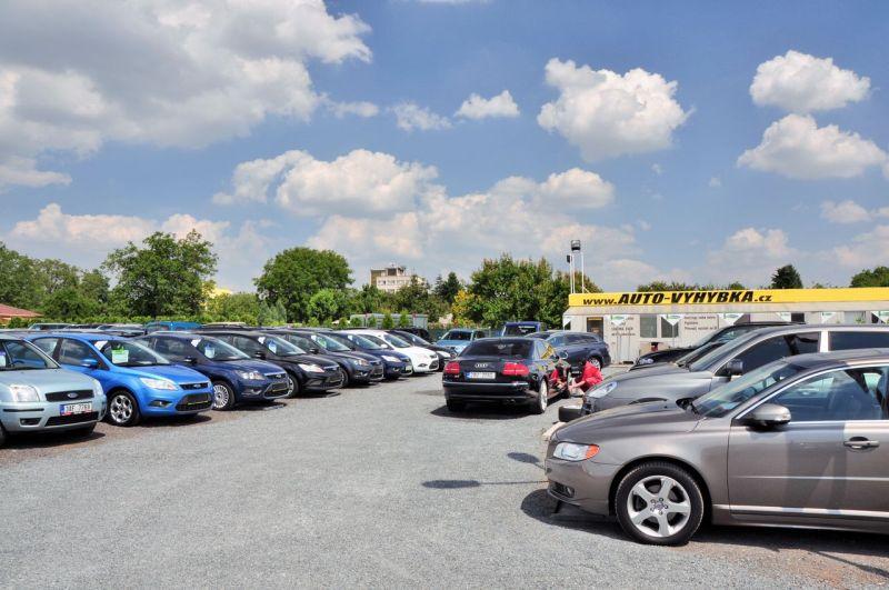 V autobazaru AUTO-VYHÝBKA prodávají pouze prověření vozy sgarancí původu.